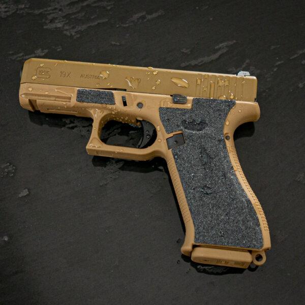 Mehr-Grip-Waffe-bei-Naesse-SandGrips-Glock-Shop