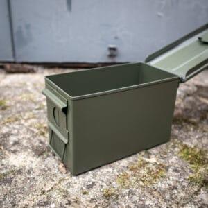 Kaliber-50-Munitionskiste-neu-Ammobox-metall-Shop
